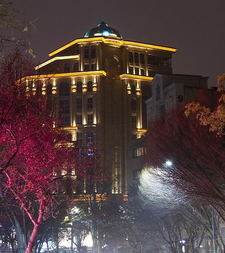 برج مسکونی-تجاری عارف